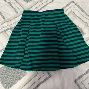 🔴Forever 21 Green and Navy Striped Pleated Skirt